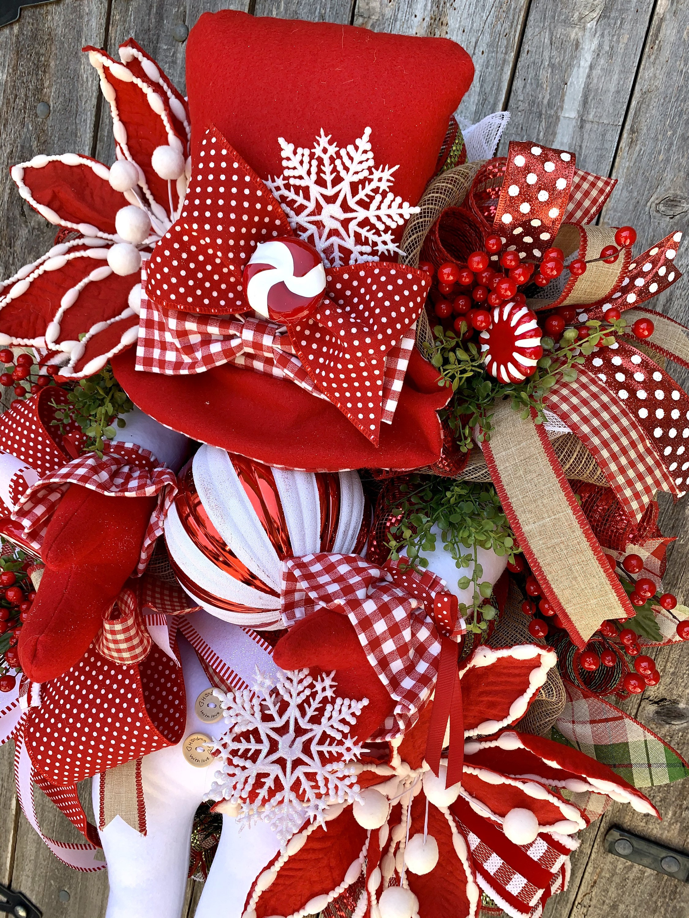 Holiday Baubles Wreath