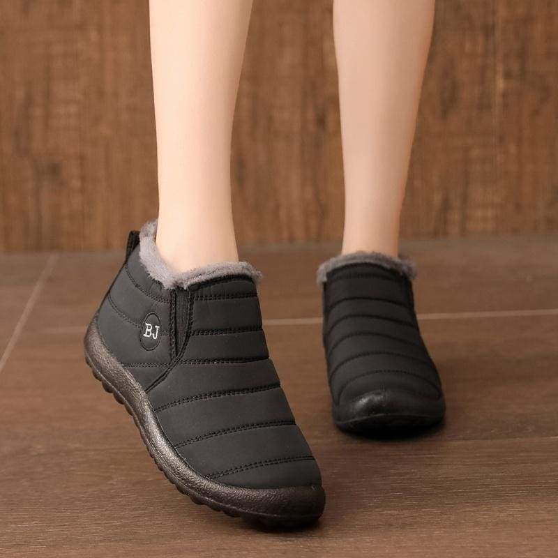 2020 Women Men Winter Thicken Warm Boots Wool Cotton Shoes Ankle Boots Waterproof Bottes De Neige Flats Slip on Shoes HCNIM