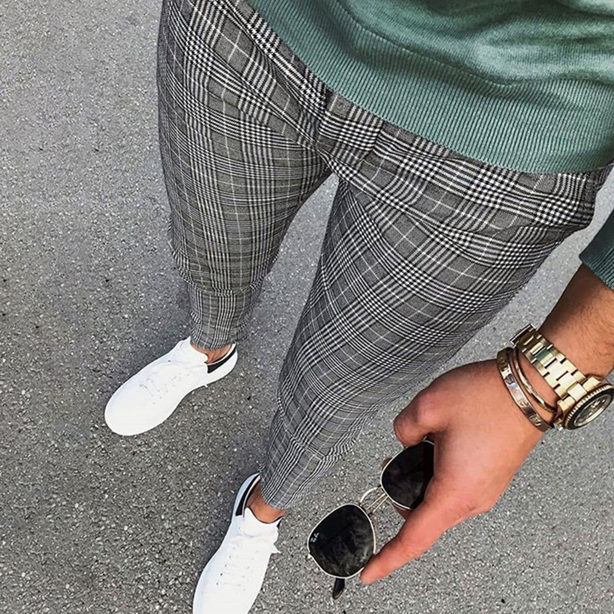 Men's trousers with European and American stripes