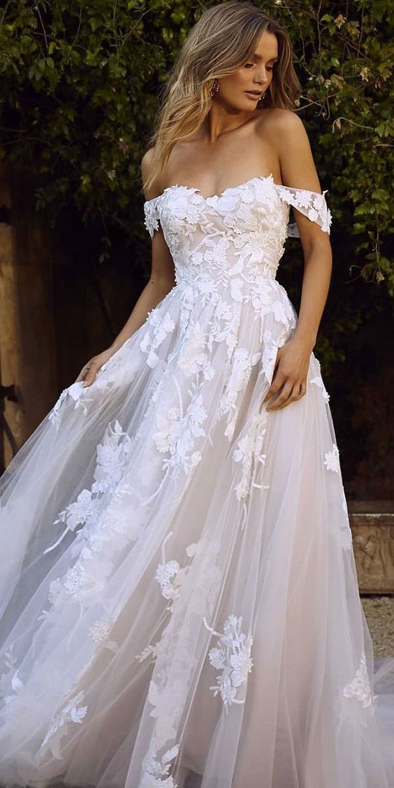 Fashion Dress Wedding Lace Dresses Beat Saler Latest Bridal Lehenga Designs 2018 With Price Country Lace Bridal Shop Gray Mother Of The Bride Dresses Young Bridesmaid Dresses Wedding After Party Dress Free Shipping