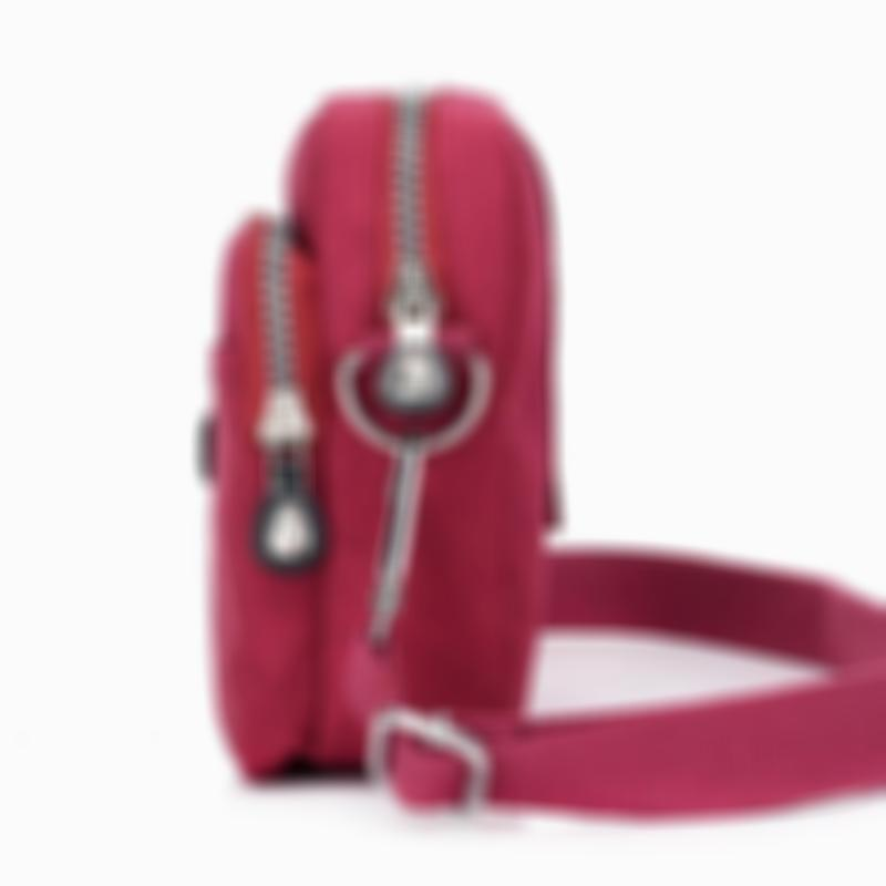 Women's Chic Waterproof Nylon Bag Solid Large Capacity Zipper Crossbody Bags