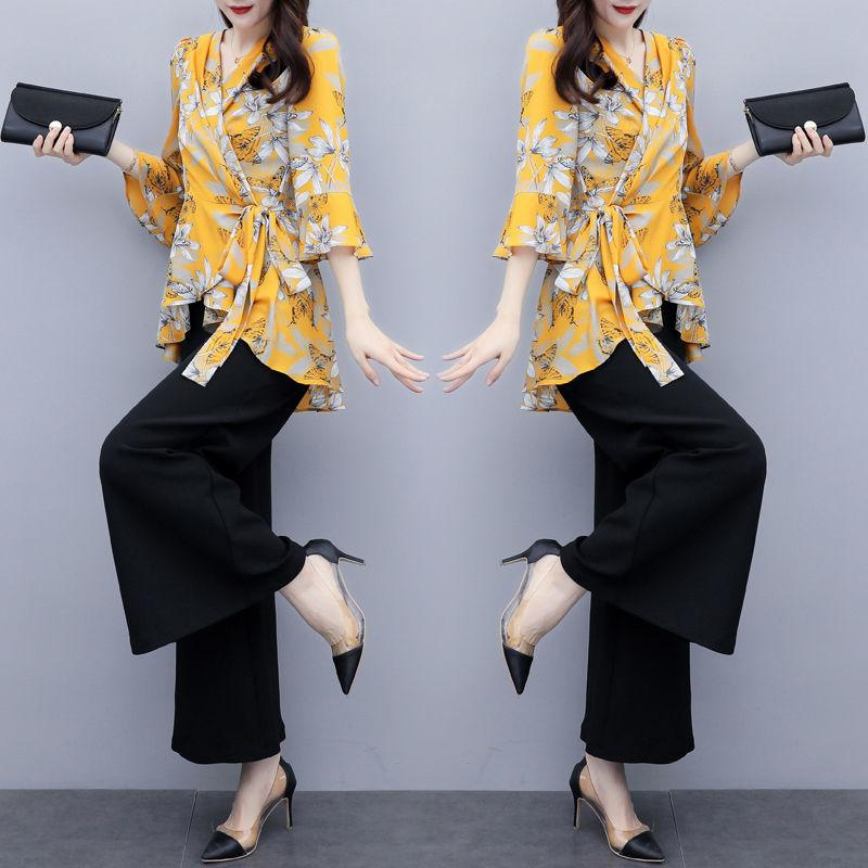 Two-piece asymmetrical-styled classic suit