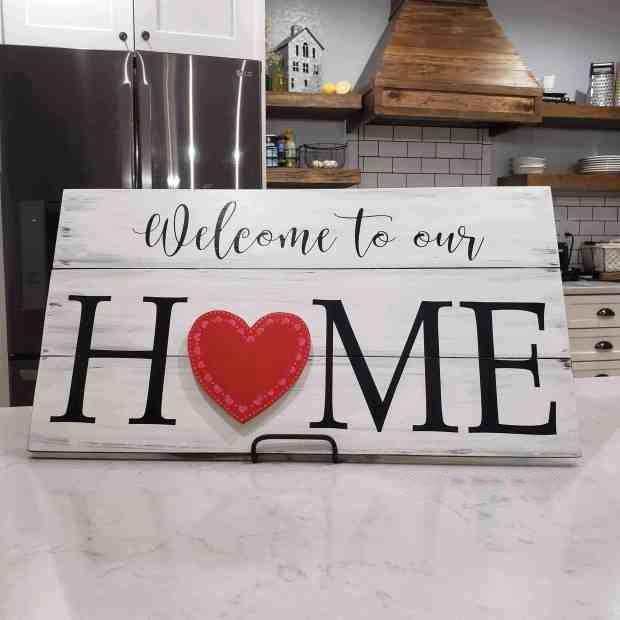 Family Sign With 7 Interchangeable Pieces