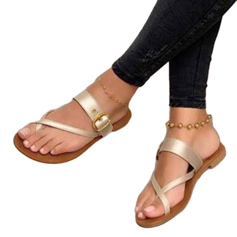 Leather slippers with metal buckle