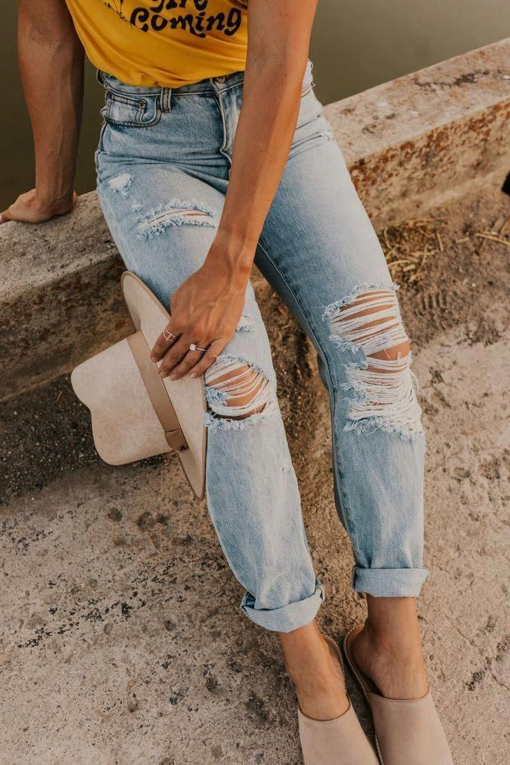 Jeans Outfit For Women Casual Wear Best Joggers For Men Red Pants Outfit Red Pants Outfit Dark Jeans Corporate Casual Outfits