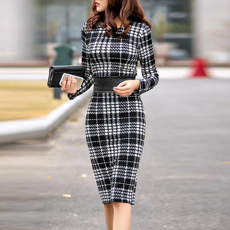 Fashion round neck plaid tight dress