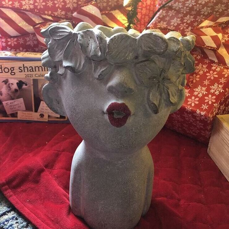 Large Kissing Women with Red Lips and Glitter.