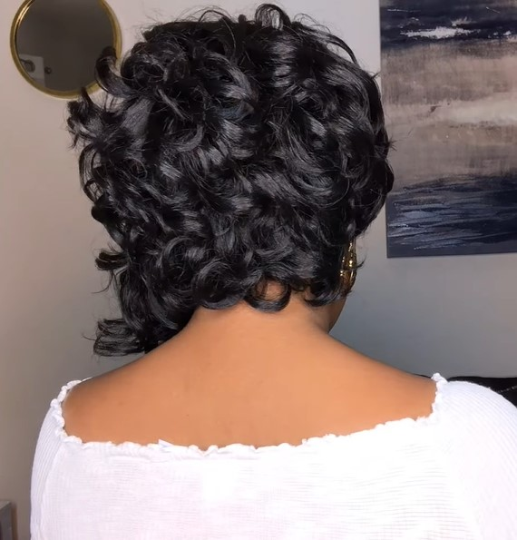new magic lace curved wig