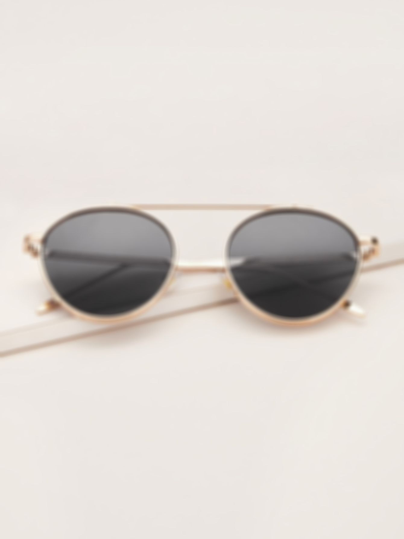 Top Bar Round Frame Sunglasses